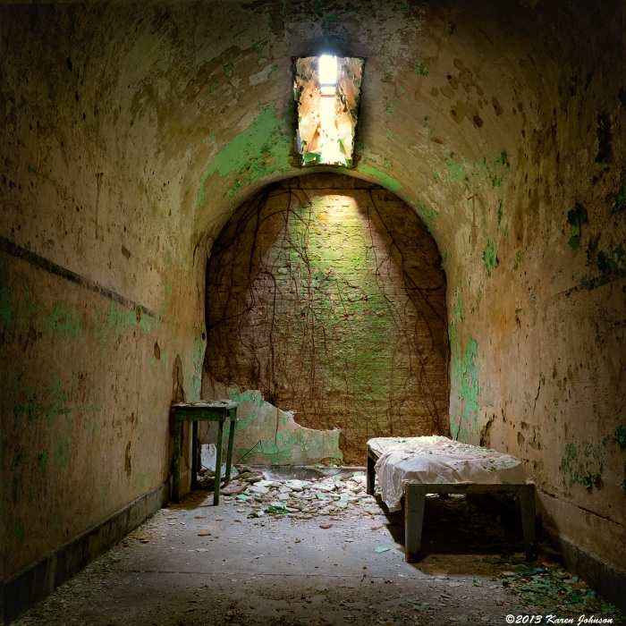 Holmesburg-prison-bed-and-roots-web