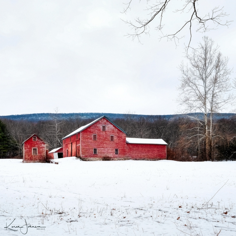 Square-Crop-Barn-in-Winter